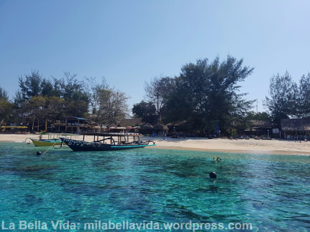 gili-trawangan-beachfront2