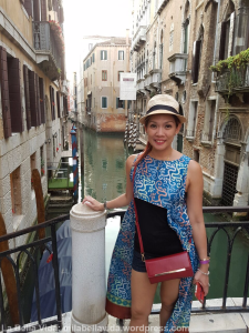 the-auther-in-venice-wearing-batik-from-nan-elok_wm