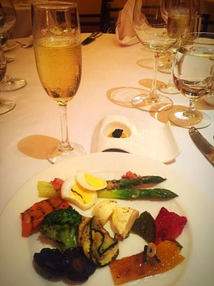 mulia-champagne-brunch