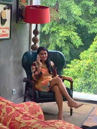 tjut-in-batik-dress
