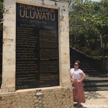 Gemma at Uluwatu_wm