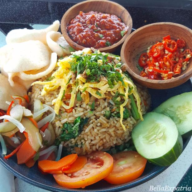 Single Fin's vegetarian nasing goreng: one of my favorites